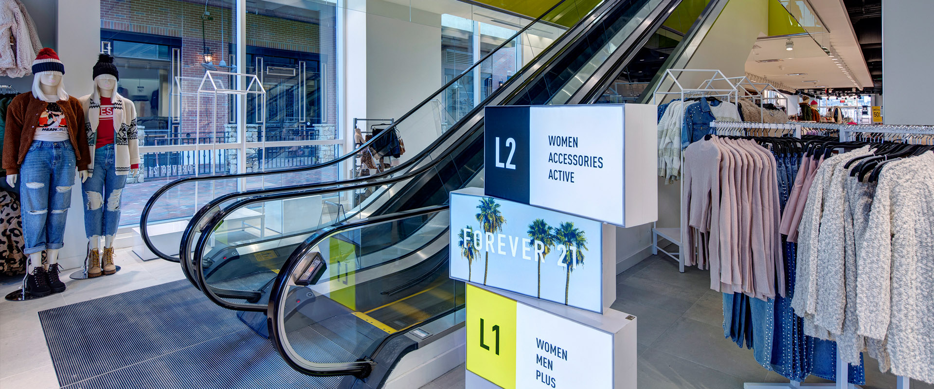 H&M, Forever 21, and Bowlero at Atlantic Station - Escalator